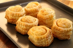 4-baked-puff-pastry-shells